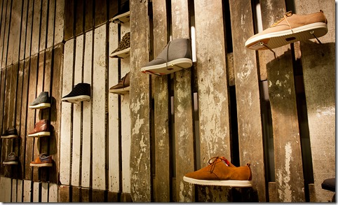 6-clae-pop-up-footwear-shop-by-modelina